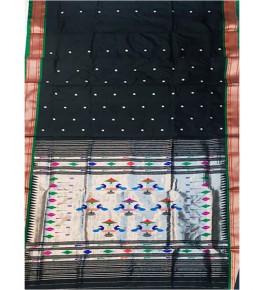 Traditional Black Colour Pure Silk Handloom Paithani Saree for Women