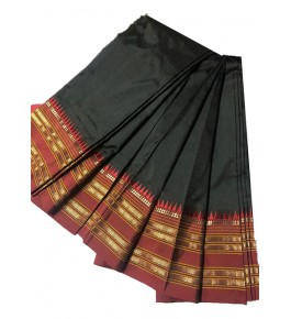 Traditional Narayanpet Handloom Woven Strips Black Colour Mulberry Silk Saree With Elegant Pallu For Women
