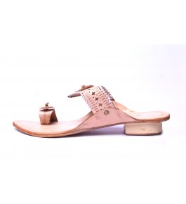 Beautiful Handicraft Trendy Look Kolhapuri Chappals Design In Golden Colour For Women