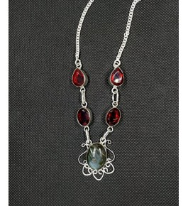 Beautiful Pendant Studded With Natural Red Agate Stone In Silver Metal Chain