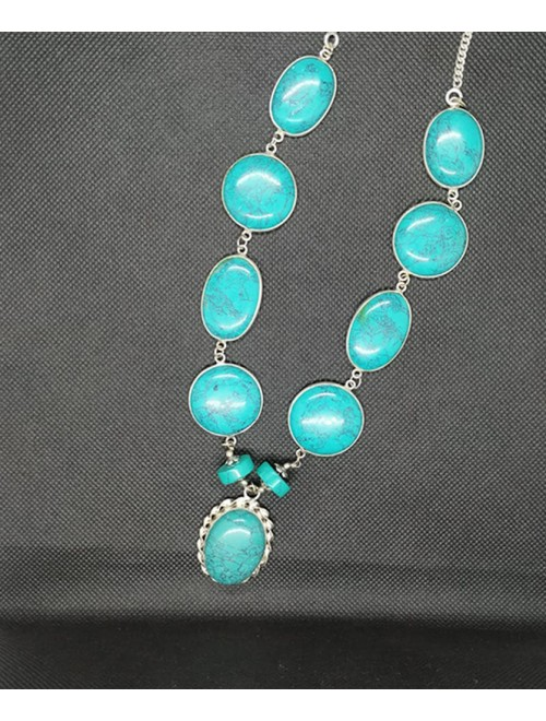 Attractive Pendant Studded With Natural Sea- Green Color Agate Stone In Silver Metal Chain