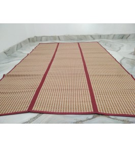 Alluring Handmade Natural Fibre Red & Cream Colour Madurkathi Folding Mat For Daily Use