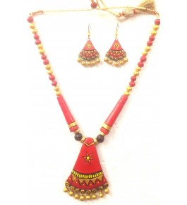 Bankura Panchmora Terracotta Crafts Red With Golden Beads Necklace & Earring Set For Women