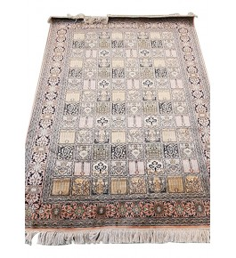 Traditional Handicraft Kashmiri Hand Knotted Beautiful Natural Multicolour Carpet For Home Decor