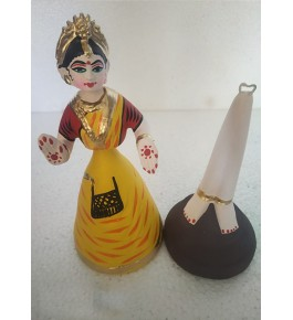 Rolly-Polly Traditional hand-made Yellow Colour Dancing Thanjavur Doll (Thalaiyatti Bommai)