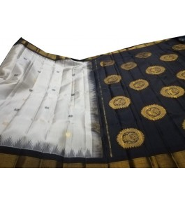 Stylish Colour Combination of Black & White Pure Silk Handcrafted Gadwal Saree for Women