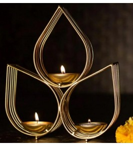 Authentic Leaf Design Of Moradabad Metal Handicraft Diya Stand For Diwali Decoration