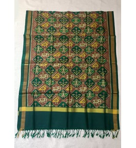 Traditional Patan Patola Single Ikkat Handloom Green & Yellow Colour Silk Dupatta For Women