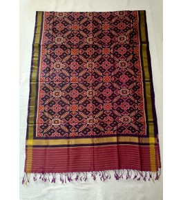 Traditional Patan Patola Single Ikkat Handloom Mehroon Colour & Black Border Silk Dupatta For Women