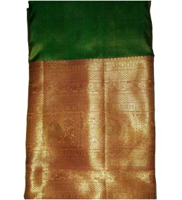 Handloom Molakalmuru Pure Silk Green & Golden Saree For Women