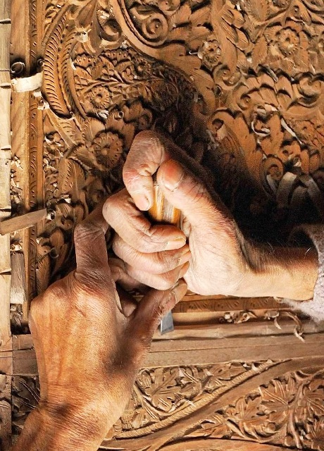 WOODEN CRAFTS (GI)